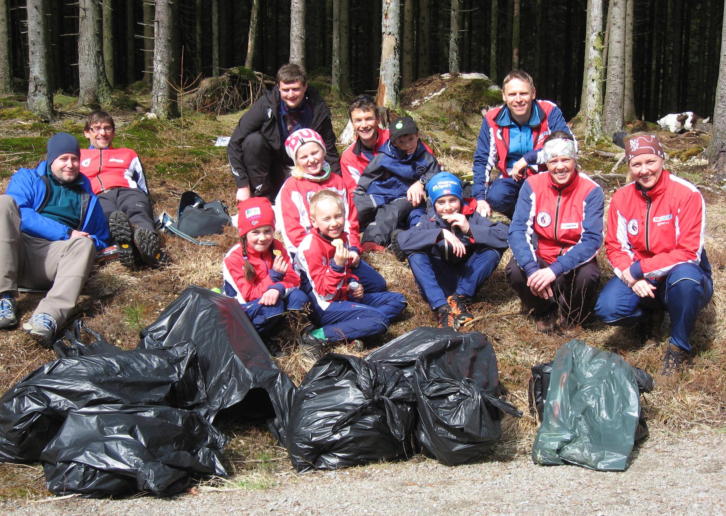 Kjempefint vær å samle søppel i og vi fant mye i år også. En stor takk til dere som stilte opp :-)